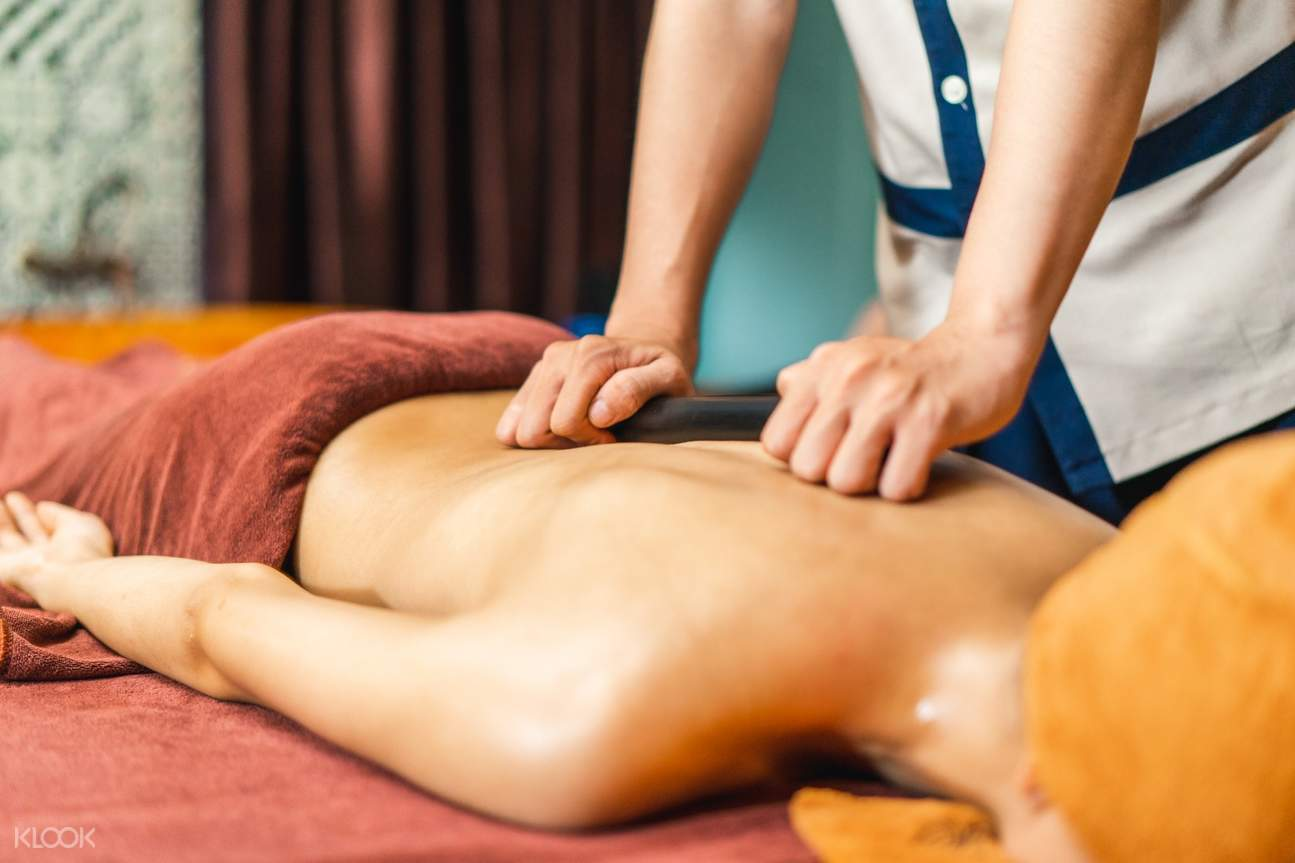 Bamboo massage in An Spa